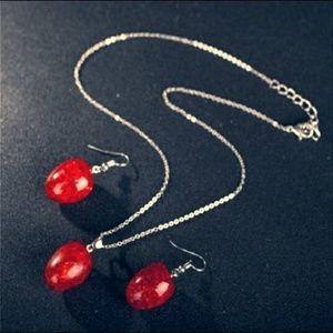 Beautiful Handmade Vintage Style Necklace Set